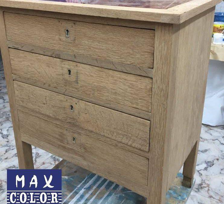 ¿Qué tengo que hacer antes de pintar madera sin tratar?